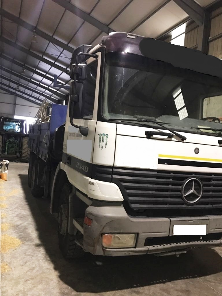 Camion Mercedes 1