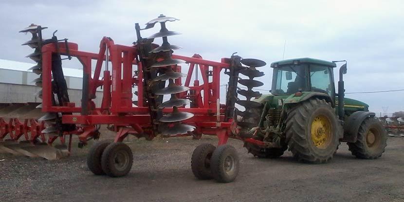 maquinaria agrícola campo
